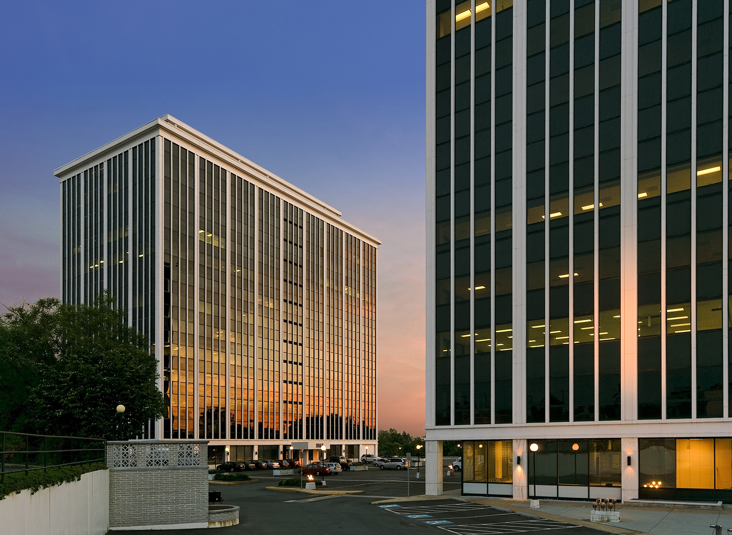FALLS CHURCH CORPORATE CENTER